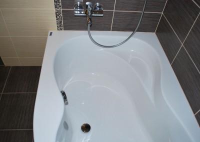 Vonios ir masažinės sistemos